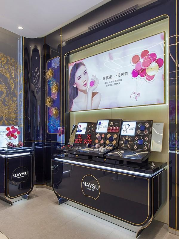 showroom display decoration makeup retail display OUYEE manufacture